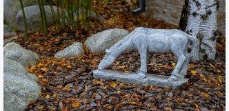 socha kun z kamene
